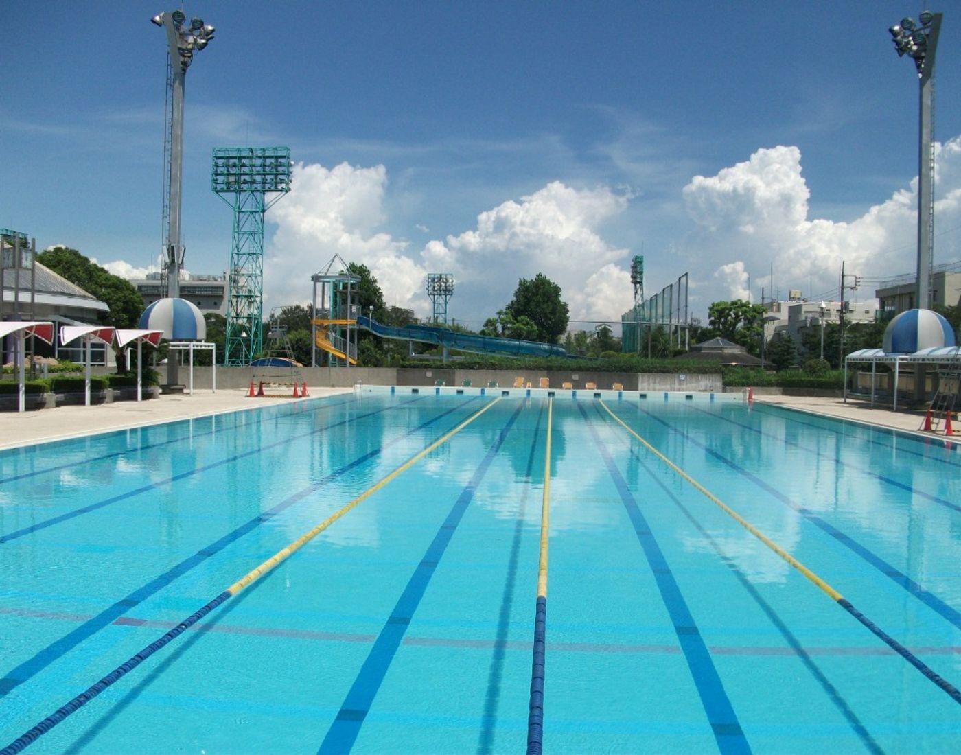 室内水上乐园_萩中公园游泳池_东京旅游官方网站GO TOKYO